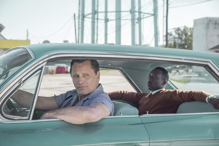 Skilled actors save 'Green Book' from being a disaster