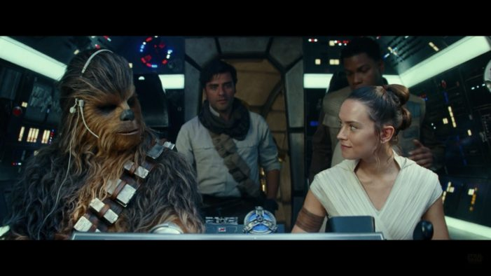 'Star Wars: The Rise of Skywalker' falls flat, but still fun